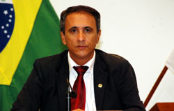 20009_060809presidentecarlosgaguimio_jpg1