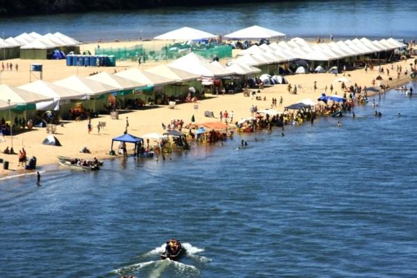 Estrutura na Praia do Sono em Pedro Afonso, também instalada dentro do prazo
