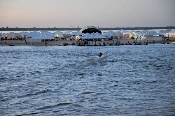 Estrutura da Praia em Araguacema deve atrair 80 mil turista. Lá o SEBRAE e ADTUR forneceram tudo já no inicio da temporada