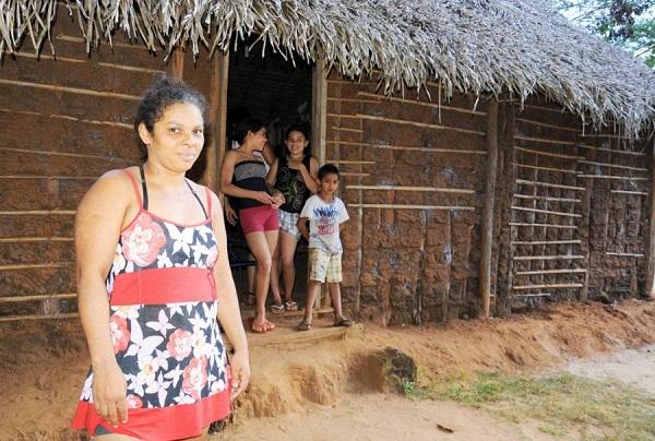 A família de Edna Pereira da Silva será uma das beneficiadas com as obras
