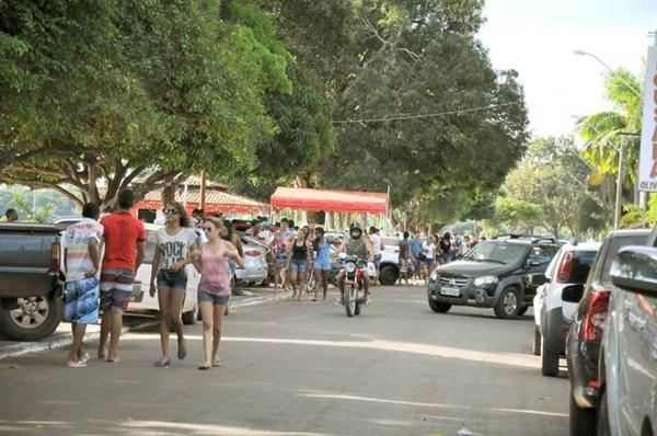 Cidade fica movimentada: expectativa da prefeitura de Araguatins é receber 10 mil pessoas por fim de semana