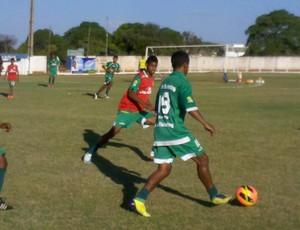 Gurupi treina no estádio Rezendão