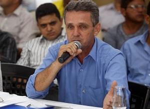 O prefeito de São Domingos do Araguaia, Pedro Paraná, falou sobre a importância do encontro do governador com os prefeitos das diversas regiões