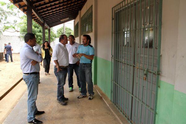 Visita reforma da Escola Estadual de Ensino Médio, professor Lício Solheiro