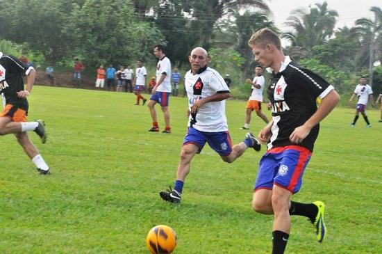 Lançe de Marlone durante partida beneficente em Augustinópolis