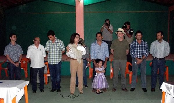 Kátia com líderes em Araguatins