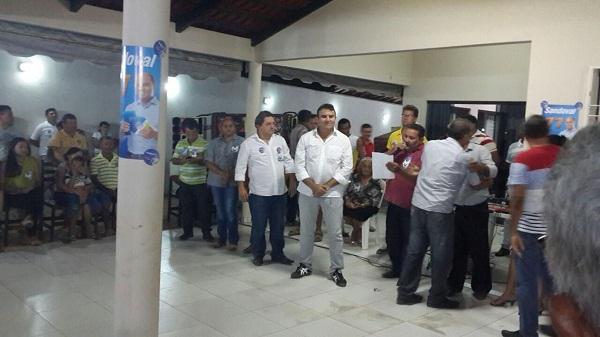 Reunião na residencia de Jair Farias que confirmou adesão do PMDB