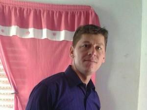 O mototaxista Leomar Bandeira do Nascimento  levou dois tiros