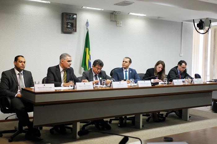 02-06-15 Senador Ataides Oliveira - CPICARF (3)
