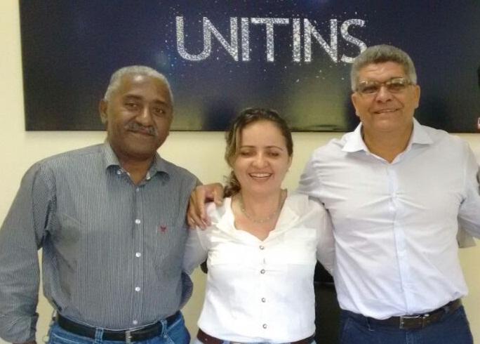 Remy Barbosa e Cláudio Santana com reitora da UNITINS em Palmas