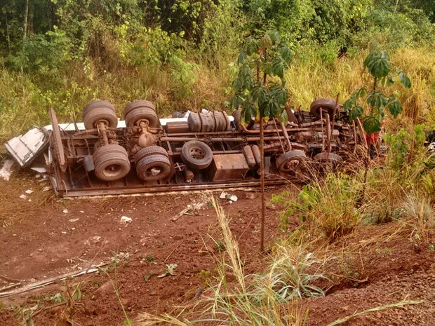Acidente aconteceu na BR-222, próximo a Darcinópolis