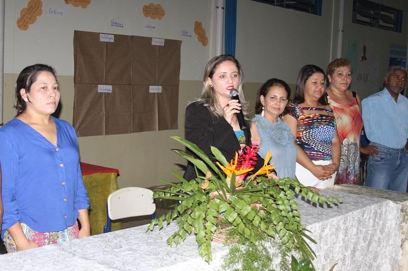 Reitora Elizângela Glória Cardoso, em seu pronunciamento, durante a abertura da oficina em Araguatins