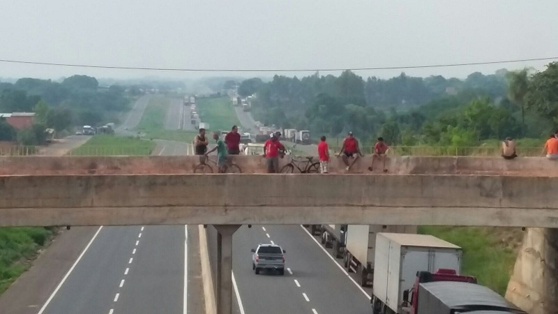 greve caminhoneiros 13 -11-2015 (2)