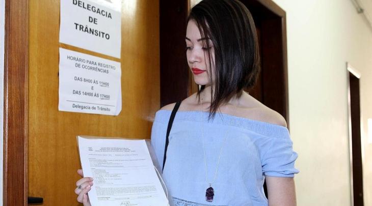 Ludmilla reclama da falta de funcionários para registrar o Boletim de Ocorrências