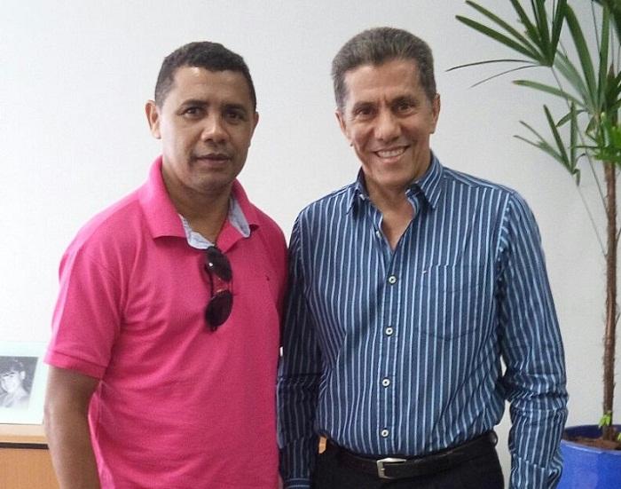 Itamar foi recebido pelo conselheiro, Napoleão de Souza Luz Sobrinho