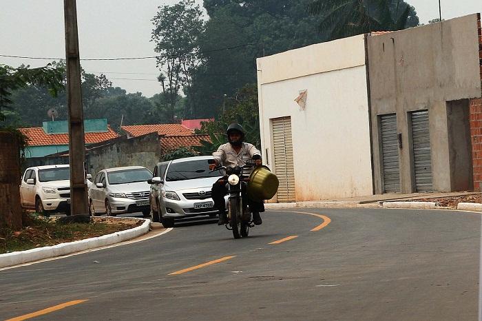 Com investimentos de R$ 4,5 milhões, o 'Mais Asfalto' entregou, este mês, 28 km de ruas asfaltadas nas cidades de Balsas e Porto Franco. Foto: Gilson Teixeira/Secap