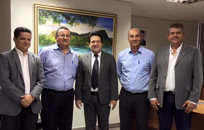 Deputado Jorge Frederico, vereador João Campos, Deputado Osires Damaso, pastor Amarildo e deputado Júnior Evangelista