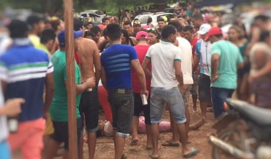 Corpo de Cláudio ainda no local o assassinato