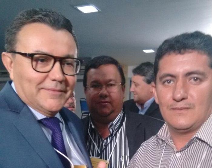 Presidente nacional do PSB, Carlos Siqueira e vereador Cássio