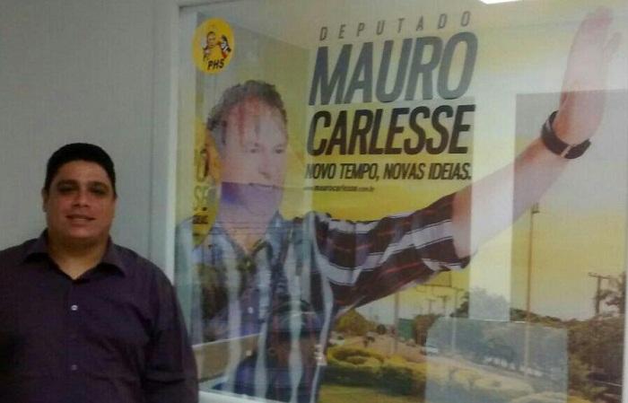 Presidente municipal do PHS Filippe Fernandes, na sede estadual do partido onde também apresentou o projeto