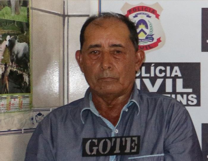 O crime teria sido encomendado por N1ivaldo Souza Barros, 67 anos