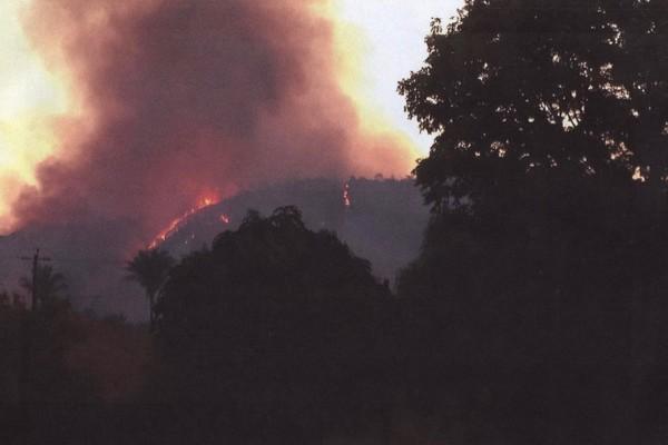 Imagem do incêndio ocorrido em setembro de 2015