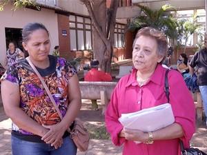 Pacientes reclamam da falta de materiais e medicamentos