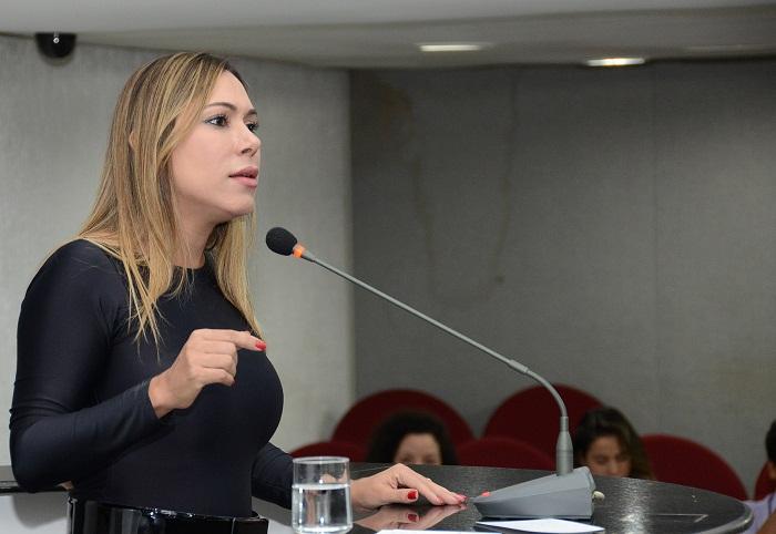Luana Ribeiro - kr (2) (1)