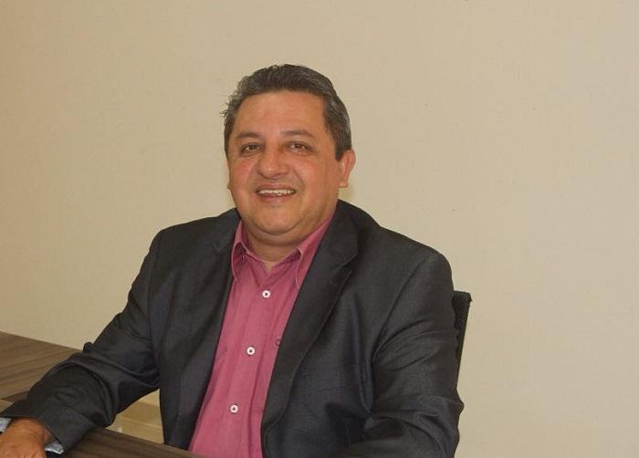 Jair Farias enalteceu índices de Educação e Saúde
