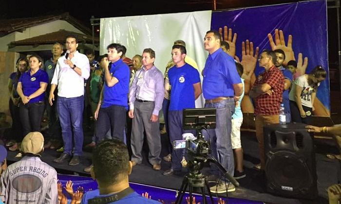 Prefeito de Itaguatins, Régis Melo, também sucumbiu ao se filiar no PSD
