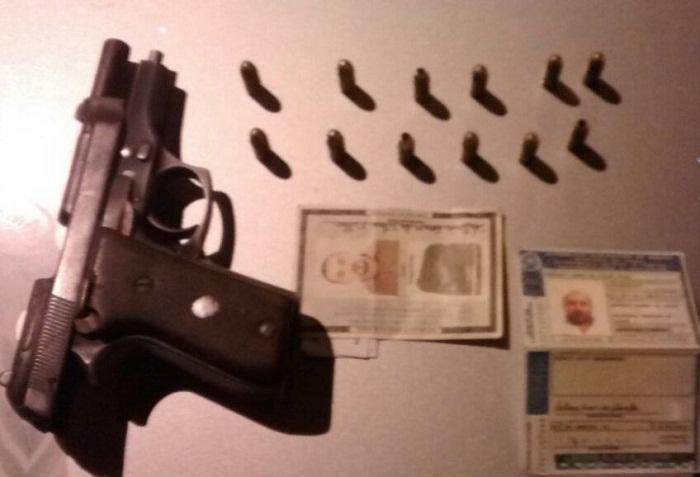pistola-em-poder-do-autor