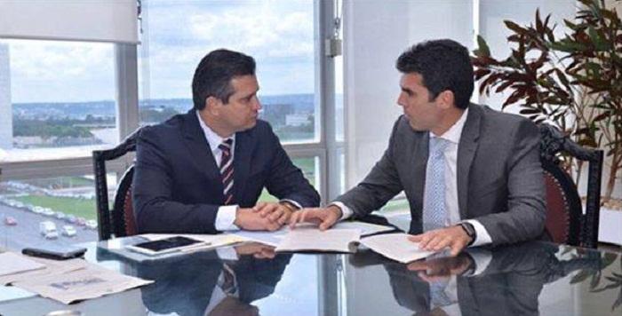 Helder Barbalho com o ministro dos Transportes, Maurício Quintella.