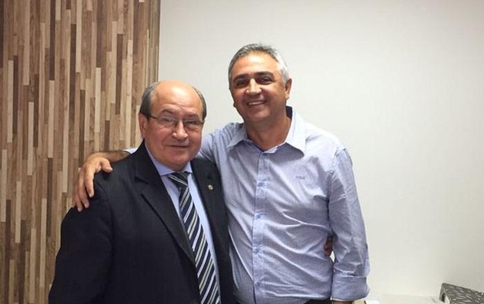 Ronaldo foi recebido por Rocha Miranda nesta terça em seu gabinete na AL para formalizar a emenda