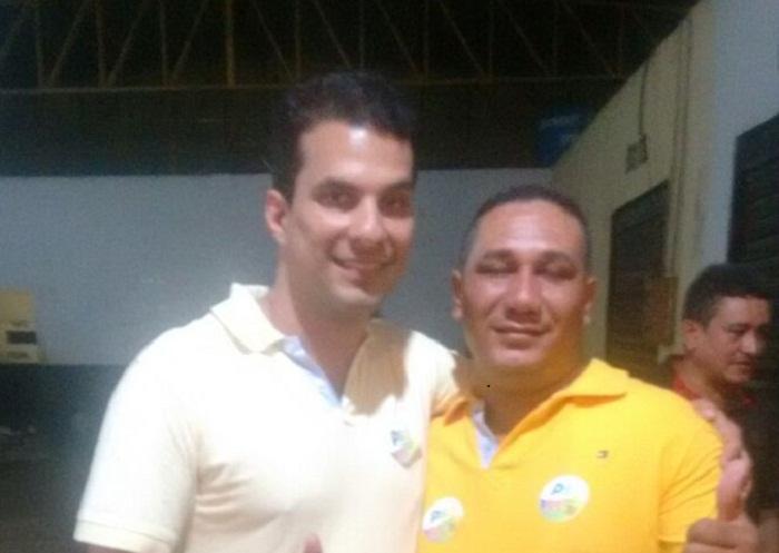 Deputado Irajá Abreu ao lado do vereador eleito Capitão, durante a campanha eleitoral