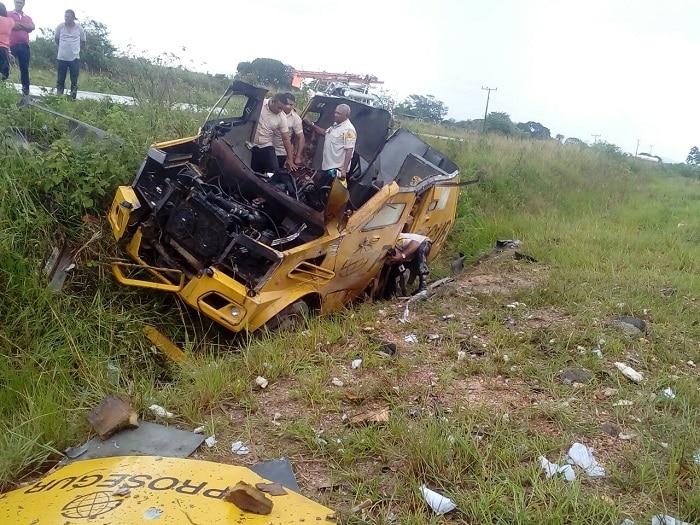 Assaltantes explodem carro-forte na rodovia PA-279, no sul do Pará